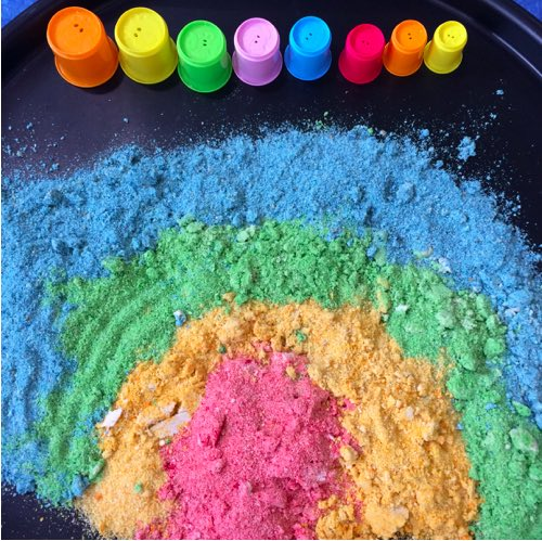Schools Up! Entertain your Little Darlings with these Messy Play Ideas