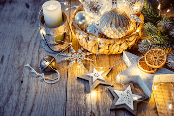 Best Christmas Lights and Christmas Decorations to Buy Online