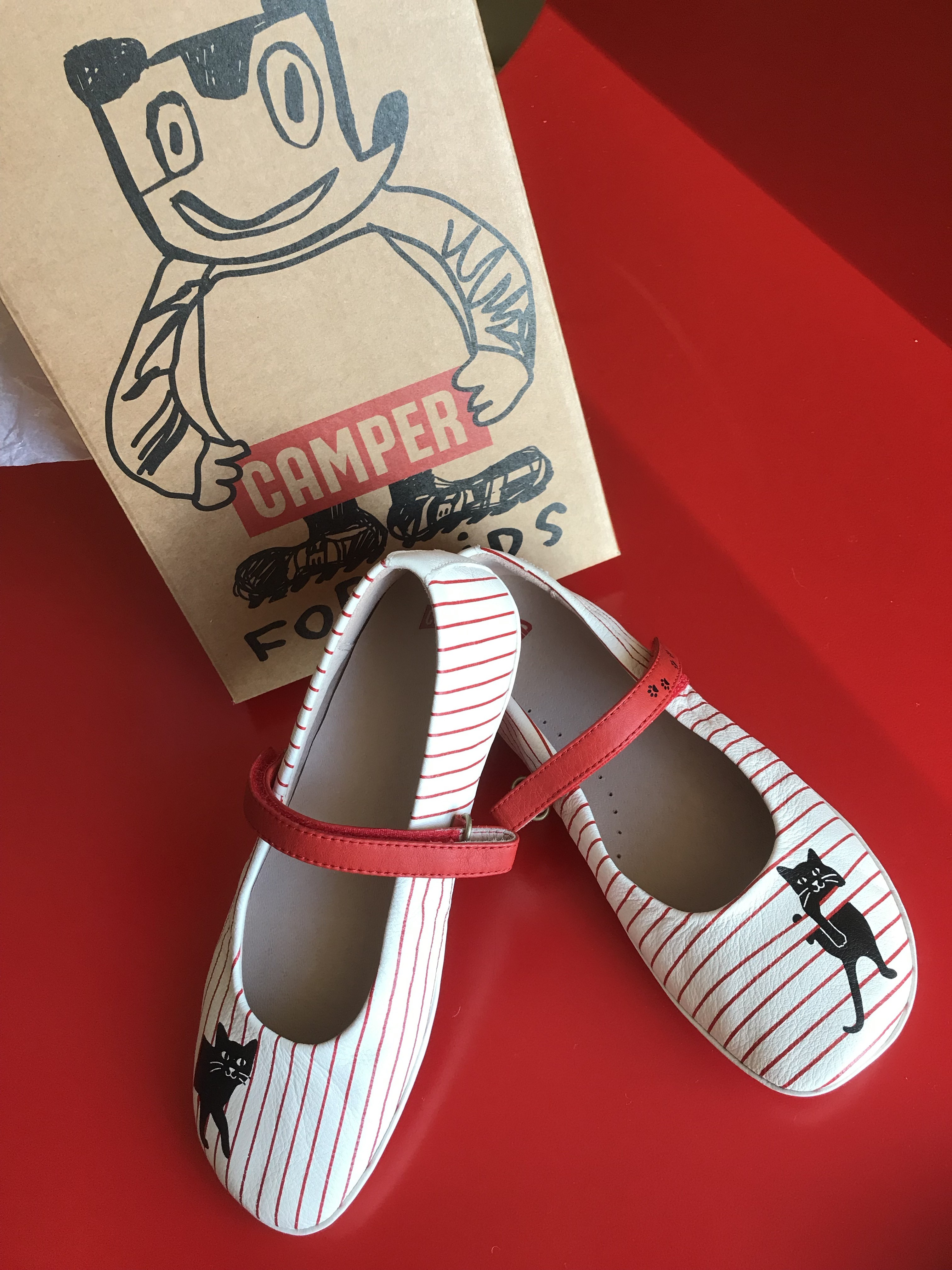 Camper Twins Cat Shoes for girls